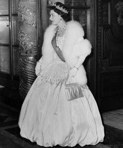 the queen, weddingdressesmaidstone